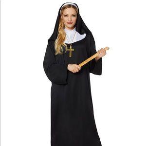 Worn Once Spirit Halloween Nun Costume